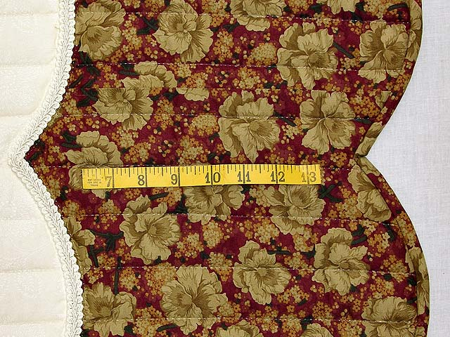 Burgundy and Gold Petal Showcase Quilt Photo 7