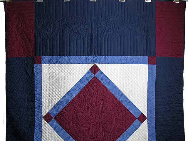 Amish Bright Center Diamond Quilt Photo 2