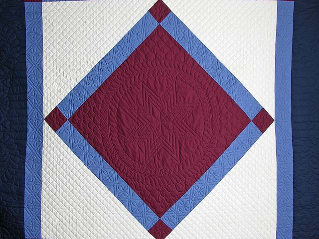 Amish Bright Center Diamond Quilt Photo 3