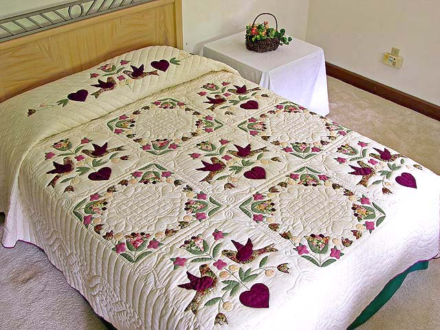 Rose and Sage Love Dove Quilt Photo 1