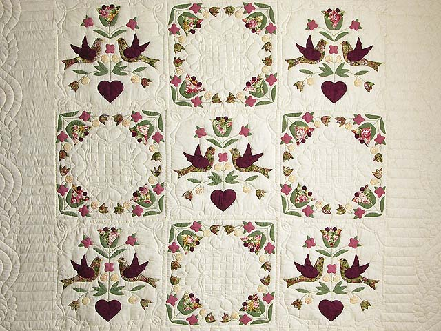Rose and Sage Love Dove Quilt Photo 3