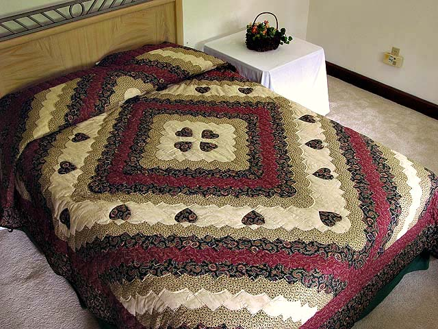 Dark Green Burgundy and Tan Ocean Wave Quilt Photo 1