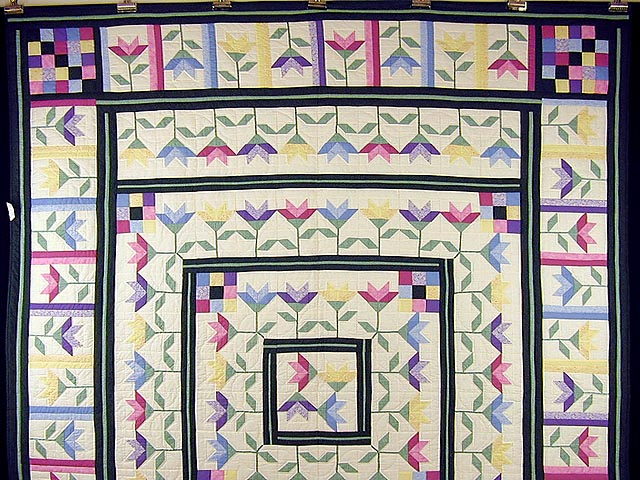 Pastel Lily Patchwork Quilt Photo 2