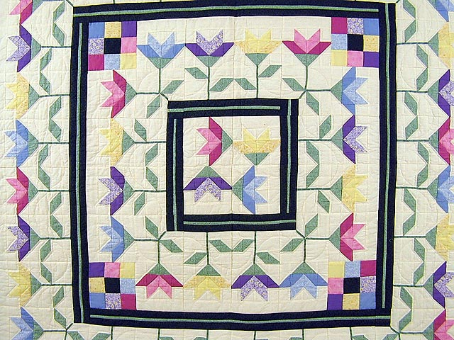 Pastel Lily Patchwork Quilt Photo 3
