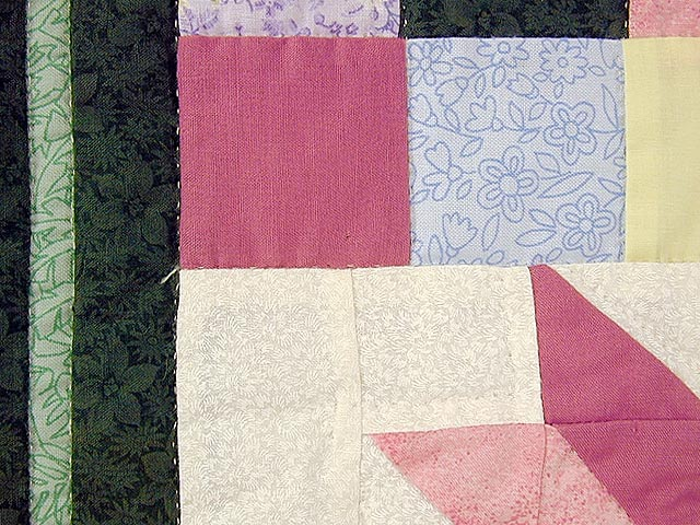 Pastel Lily Patchwork Quilt Photo 5