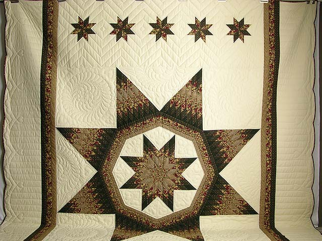 King Moss Burgundy and Tan Royal Star of Maryland Quilt Photo 2
