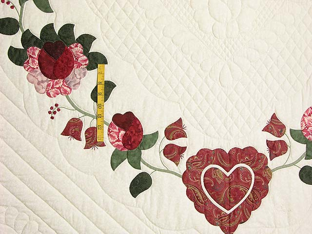 King Red Paisley Heart of Roses Quilt Photo 5