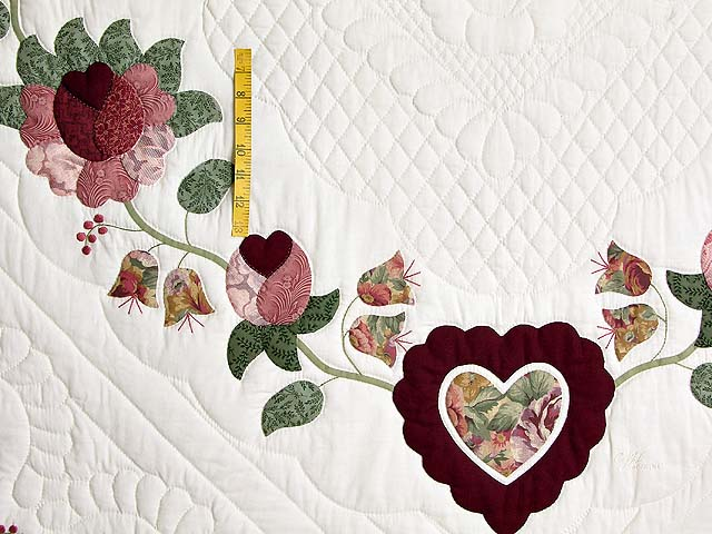 Brick and Salmon Heart of Roses Quilt Photo 4