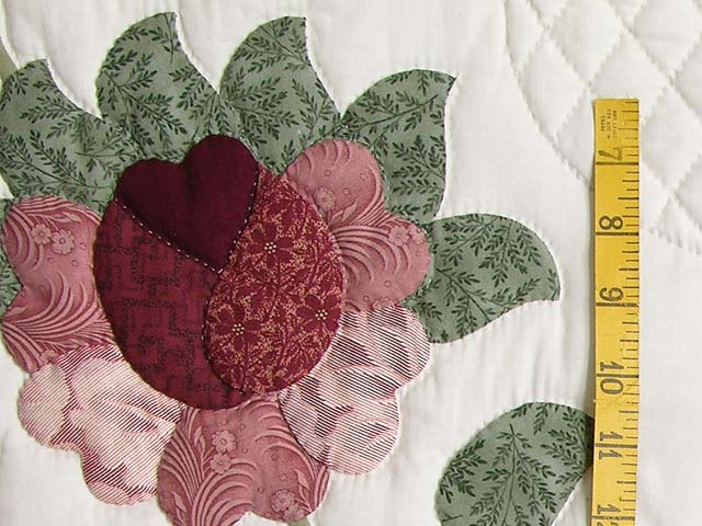 Brick and Salmon Heart of Roses Quilt Photo 5