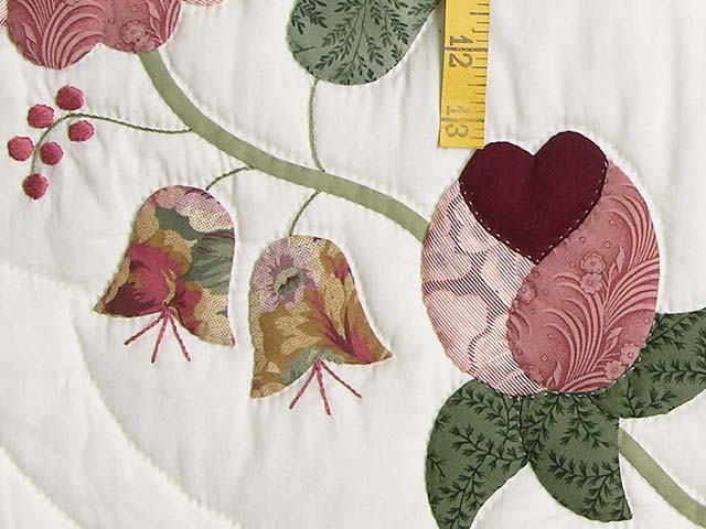 Brick and Salmon Heart of Roses Quilt Photo 6