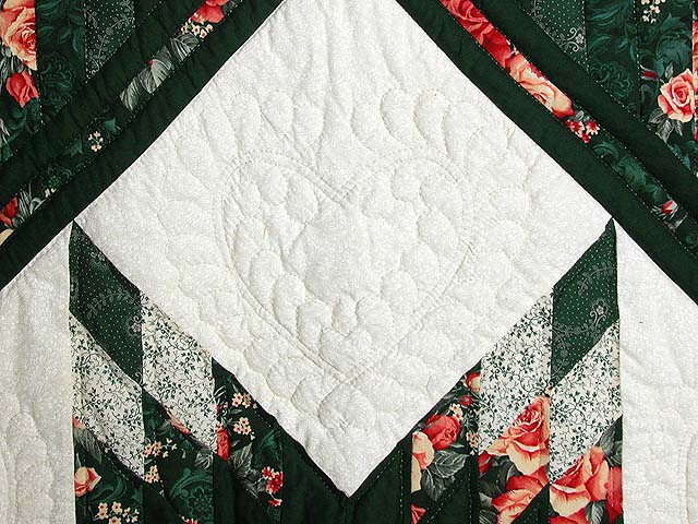 Green and Ripe Peach Lone Star Log Cabin Quilt Photo 4