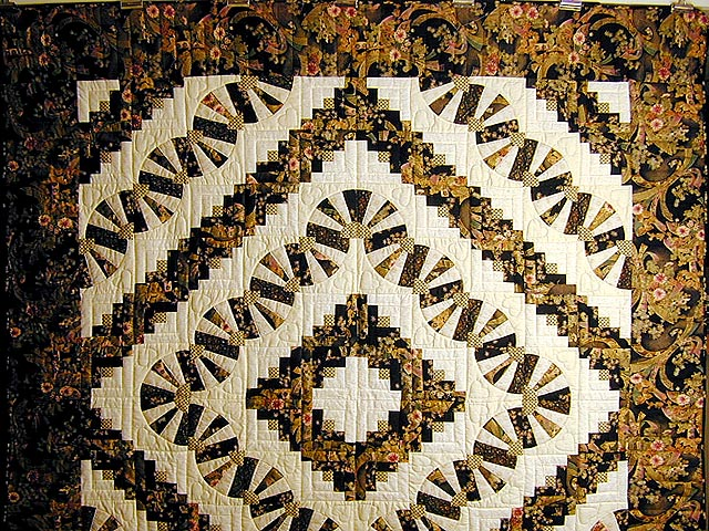 Black and Gold Log Cabin Fans Quilt Photo 2