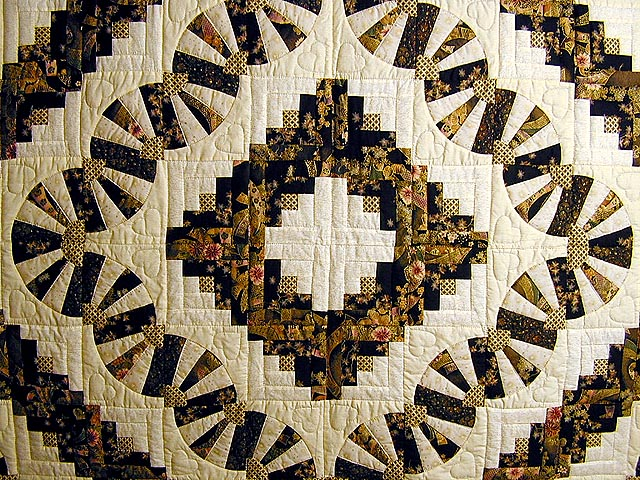 Black and Gold Log Cabin Fans Quilt Photo 3