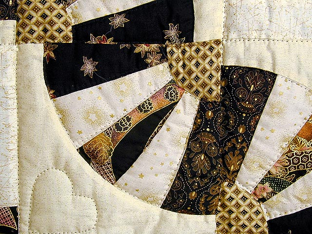 Black and Gold Log Cabin Fans Quilt Photo 5