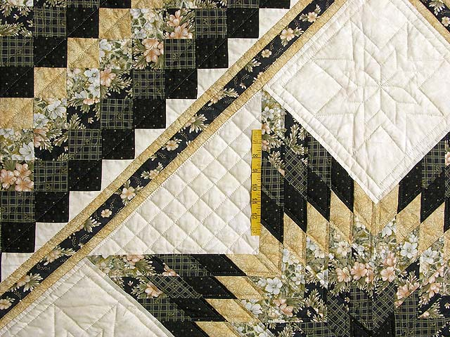 Black and Gold Lone Star Quilt Photo 4