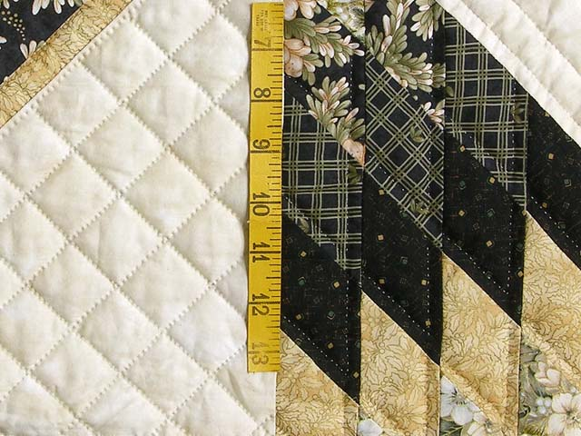 Black and Gold Lone Star Quilt Photo 5