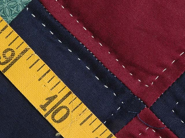 King Navy and Burgundy Double Wedding Ring Quilt Photo 7