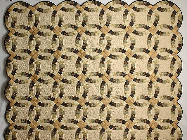 Tan and Earthtones Double Wedding Ring Quilt Photo 2