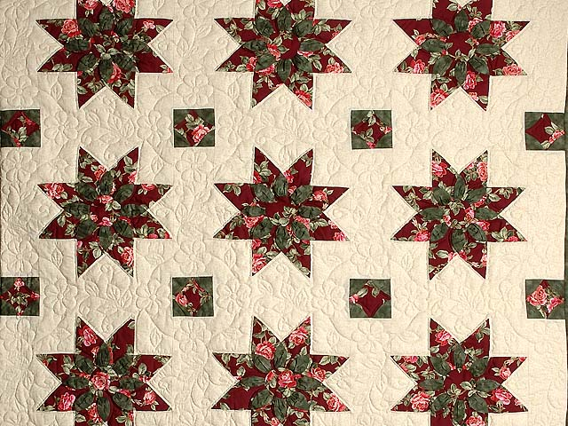 Burgundy Rose and Green Dahlia Star Quilt with Cones Photo 3