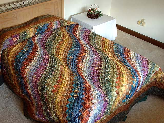 King Hand Painted Bargello Wave Quilt Photo 1