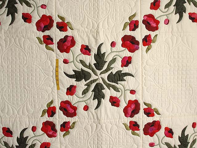 Dark Moss and Poppy Red Poppy Fields Quilt Photo 4