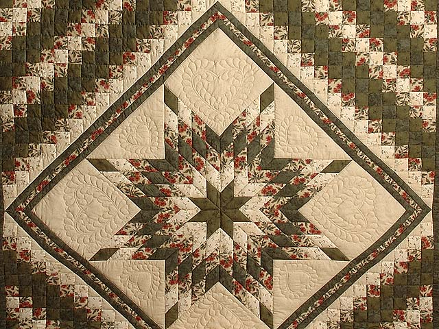 Dark Green and Brick Red Lone Star Trip Quilt Photo 3