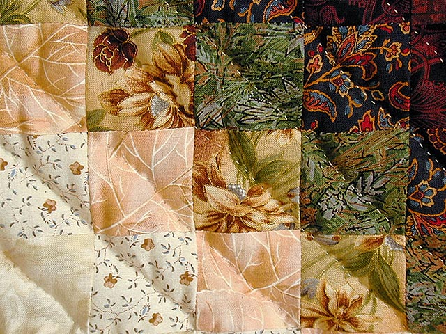 Burgundy and Gold Color Splash Quilt Photo 5