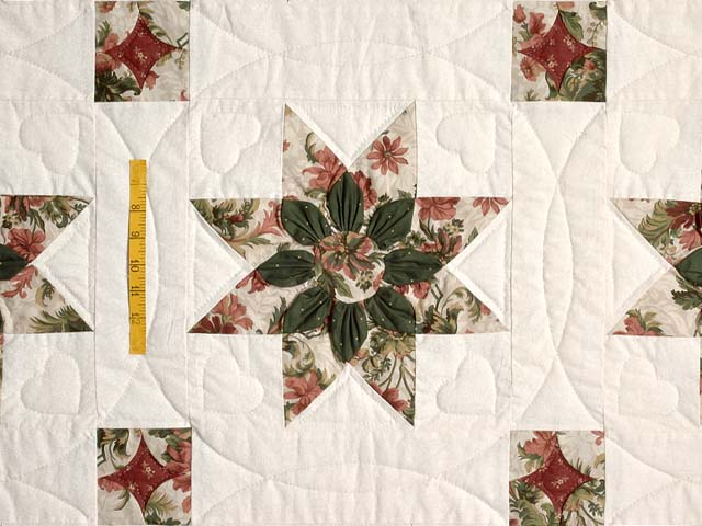 King-size Rose and Green Dahlia Quilt Photo 4