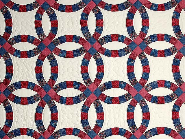 Rose & Blue Double Wedding Ring Quilt Photo 3