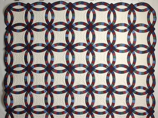 Blue Burgundy and Multicolor Double Wedding Ring Quilt Photo 2