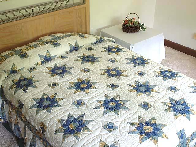 Blue Gold and Cream Dahlia Star Quilt Photo 1