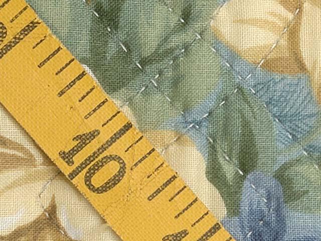 Blue Gold and Cream Dahlia Star Quilt Photo 7
