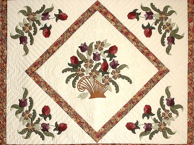 King Rose Plum and Gold Victorian Basket Quilt Photo 3