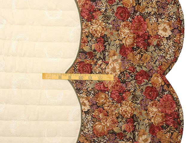 King Rose Plum and Gold Victorian Basket Quilt Photo 7