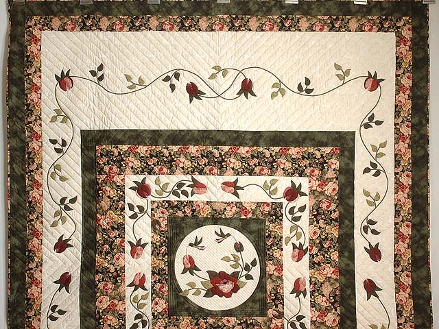 Dark Green and Rose I Promised You a Rose Garden Quilt Photo 2