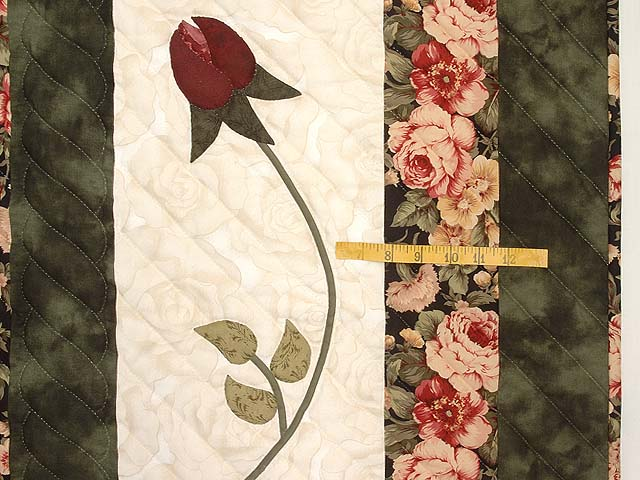Dark Green and Rose I Promised You a Rose Garden Quilt Photo 7