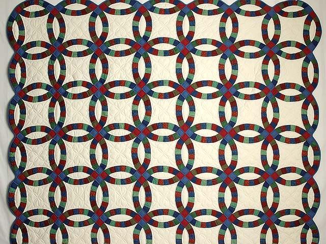Extra Fine Multicolor Double Wedding Ring Quilt Photo 2