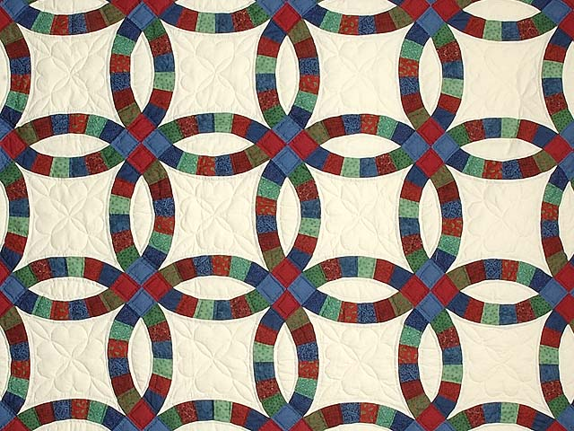 Extra Fine Multicolor Double Wedding Ring Quilt Photo 3