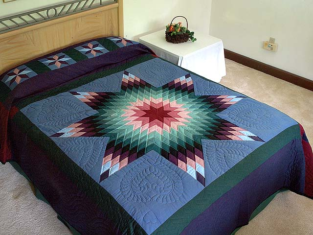 Amish Colonial Colors Lone Star Quilt Photo 1