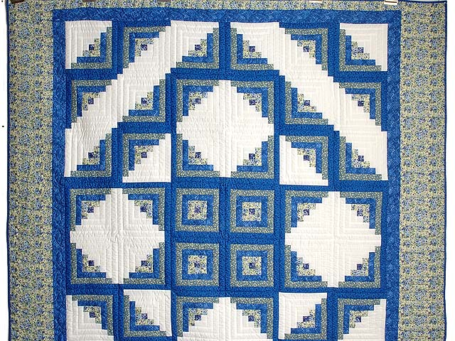 Blue Yellow and Cream Log Cabin Star Quilt Photo 2