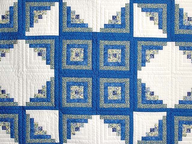 Blue Yellow and Cream Log Cabin Star Quilt Photo 3