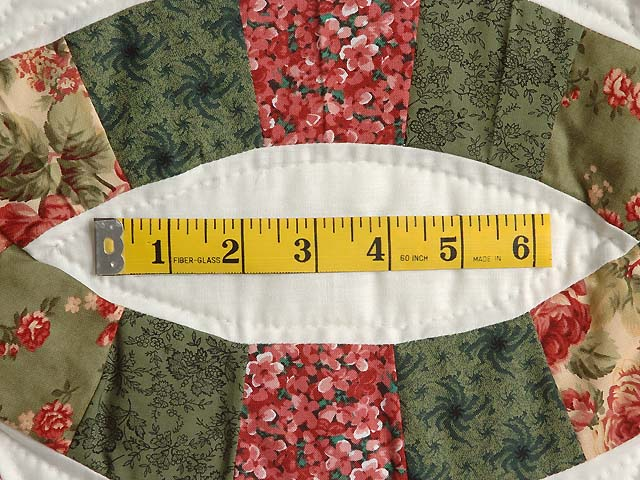 Green and Coral Double Wedding Ring Quilt Photo 6