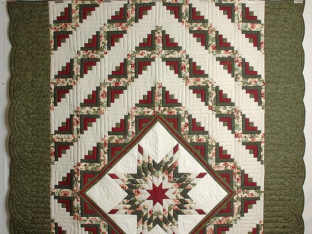 Green and Red Lone Star Log Cabin Quilt Photo 2