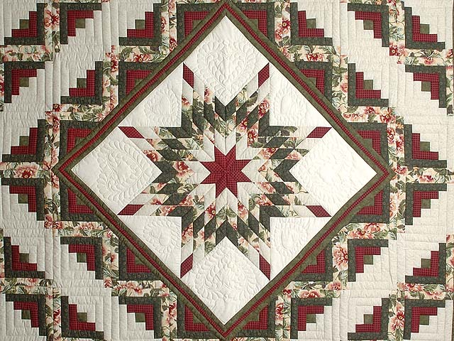 Green and Red Lone Star Log Cabin Quilt Photo 3