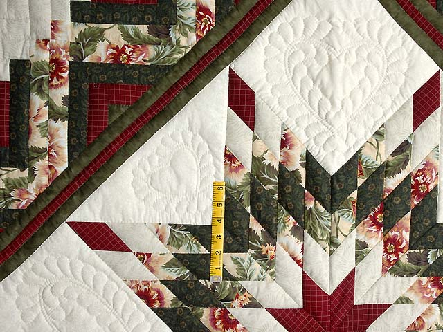 Green and Red Lone Star Log Cabin Quilt Photo 4