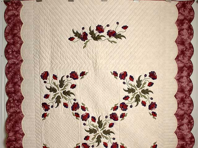 Mauve and Burgundy Poppy Fields Quilt Photo 2