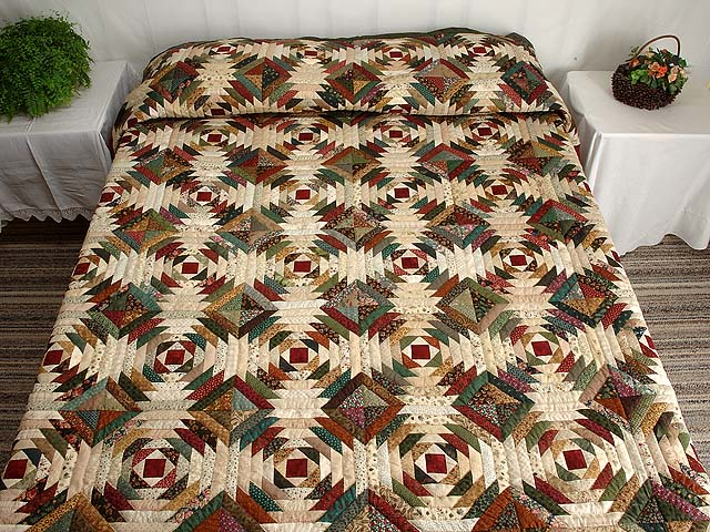 Green Burgundy and Tan Pineapple Quilt Photo 1