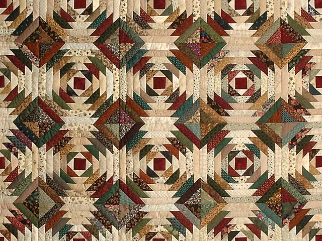 Green Burgundy and Tan Pineapple Quilt Photo 3