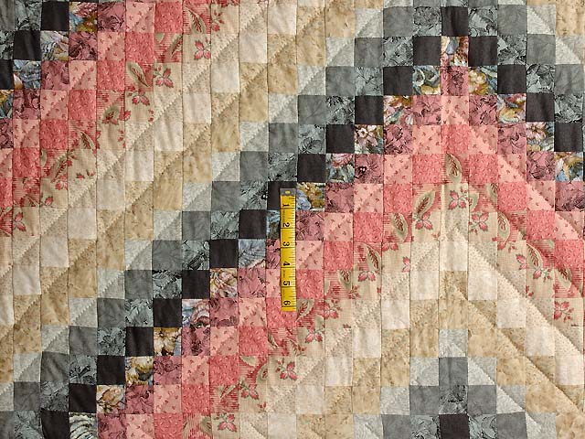 Rosy Pink and Aqua Trip Around the World Quilt Photo 4