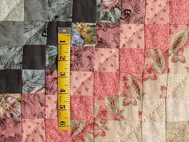 Rosy Pink and Aqua Trip Around the World Quilt Photo 5